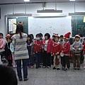 1年級唱得很好聽喔 by黃雨庭