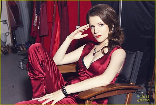 Anna-Kendrick-Zooey-Magazine-anna-kendrick-27908972-1222-825.jpg