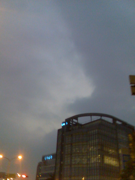 雲飄渺.jpg