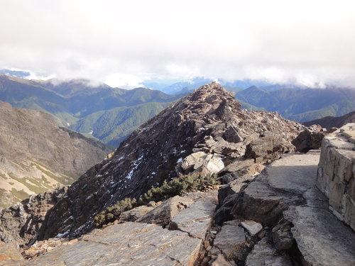 16玉山山景2011年.jpg