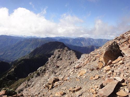 23玉山山景2011年.jpg