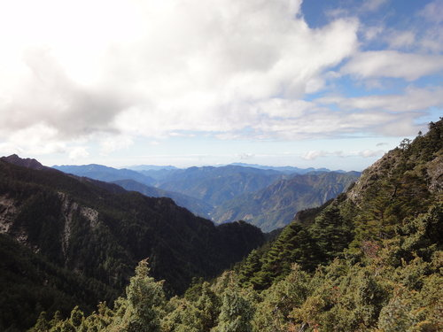 28玉山山景2011年.jpg
