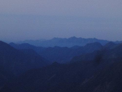 37玉山山景2011年.jpg