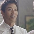 Docotrs-線上看-金來沅-智弘-第一集截圖- (21).jpg