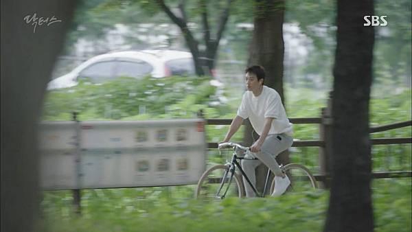 Docotrs-線上看-金來沅-智弘-第一集截圖- (36).jpg