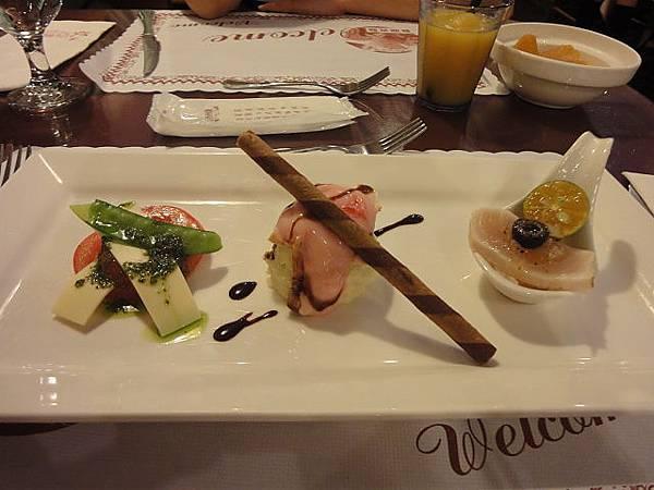 西雅圖庭園美食咖啡館-排餐前菜01.JPG