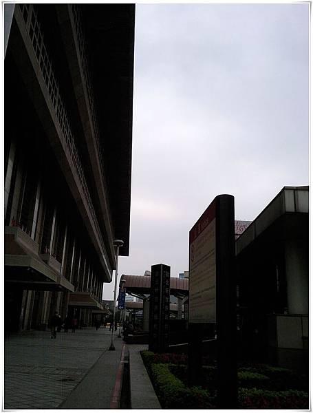 110223出差-台北車站02.jpg