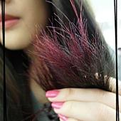 是這樣唷!!!  紅色+紫色