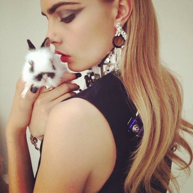 cara-delevingne-by-nick-knight-pussycat-pussycat-240412-0