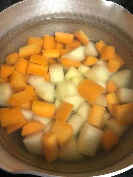 另外滾蘿蔔&馬鈴薯