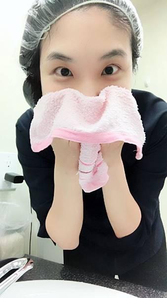 毛巾擦一擦
