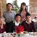 姨媽和姨媽孫子們