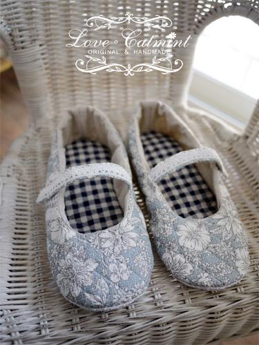 藍色鋪棉花花鞋