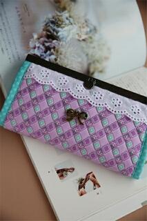 012913BAAB6A06-紫色迷情皮夾包 (3)