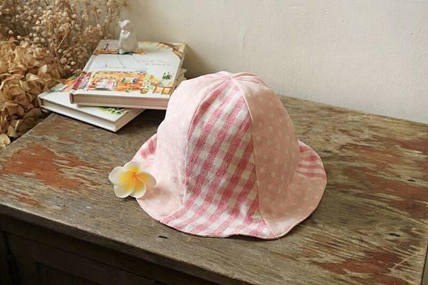 025714FECA0A46-好可愛。不怕風吹日曬小帽帽 (1)
