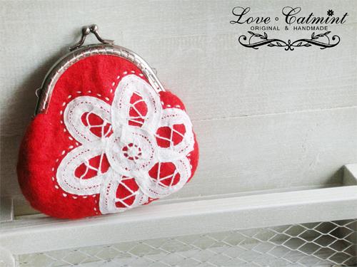 紅咚咚的浪漫小口金包