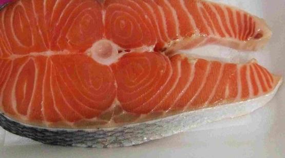 鮭魚輪切.JPG