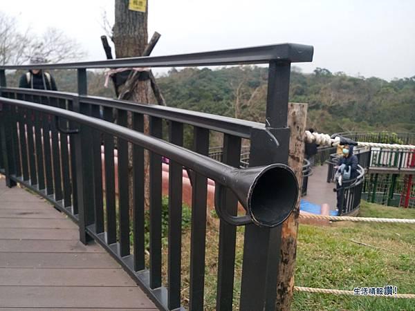 新竹 香山區-青青草原 傳聲筒(溜滑梯)