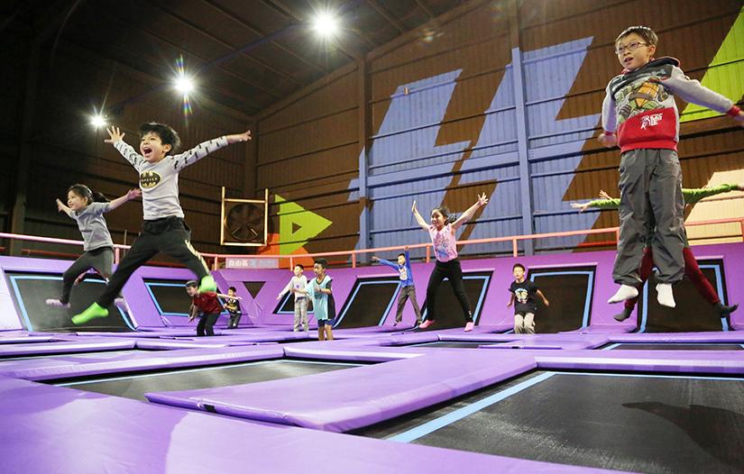 二天一夜台中遊2018花博:AIRGENE空氣基因彈翻健身育樂中心