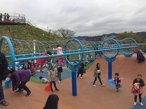 中和員山公園: