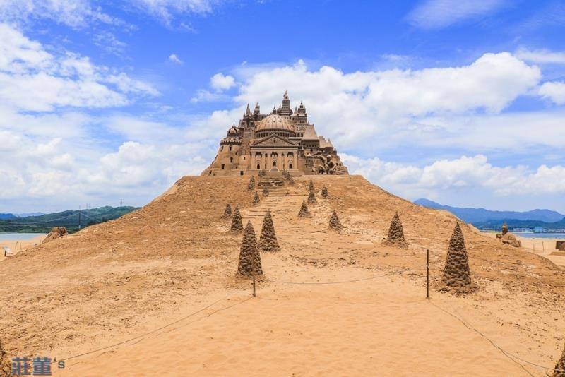 13米高金莎城堡為歷年最高.jpg