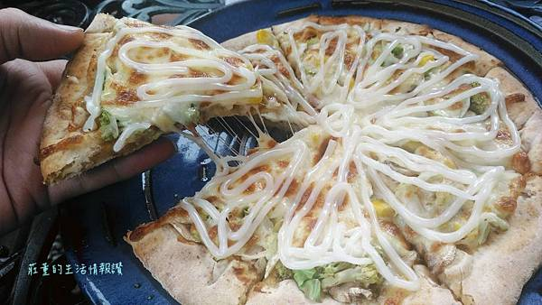 龍潭木盒子 BBQ披薩