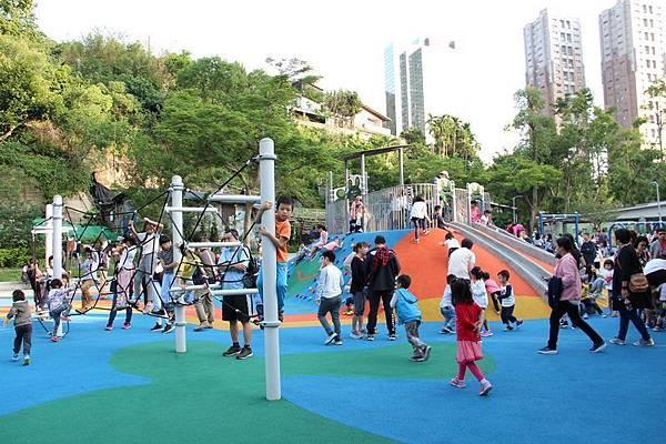 台北親子景點》公園就是兒童遊戲場~12區台北特色公園整理推薦