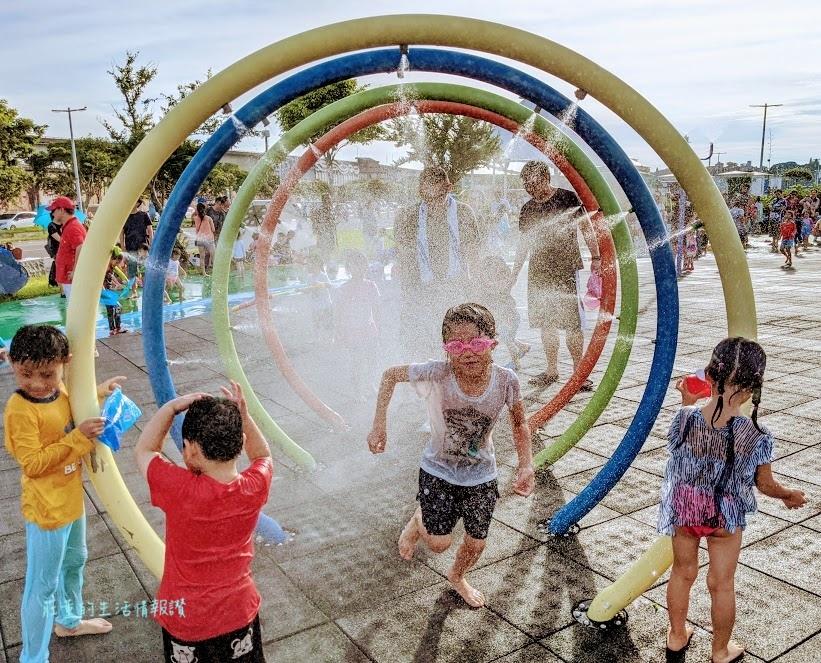 台北玩水景點(免費) 大佳河濱公園兒童戲水區