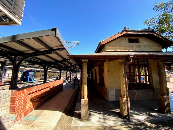 山佳火車站 (1).jpg