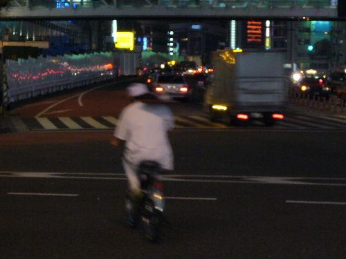 騎腳踏車外送