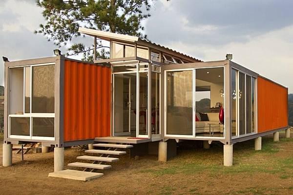 Containers-of-Hope-Benjamin-Garcia-Saxe-3.jpg