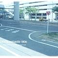 團體的遊覽車的地方...道路整個就比台灣好好多喔!!