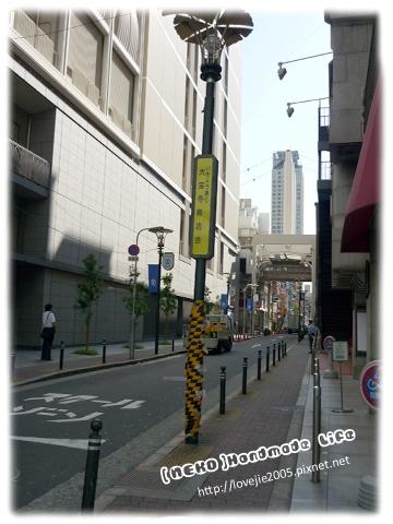 走到大丸之後,旁邊的巷子一轉彎進去就是心齋橋