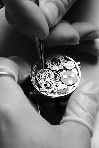 Horloger QP Grande Date.jpg