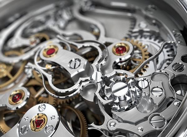 Montblanc_109447 ExoTourbillon Rattrapante - focus clamps