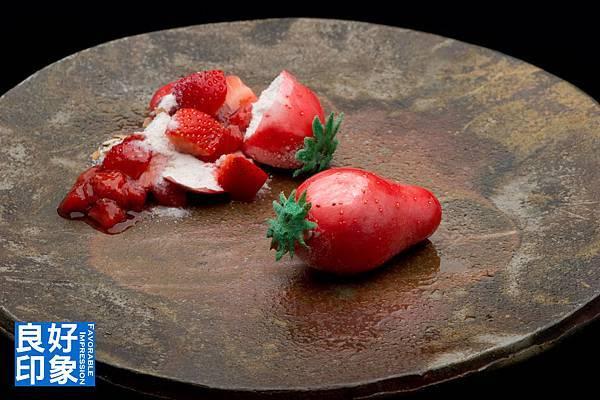 草莓糖果.jpg