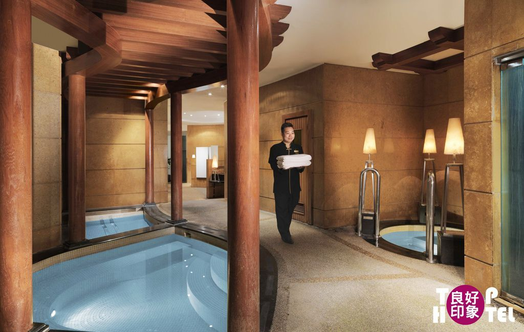 Willow Stream Spa - Men's Spa.jpg