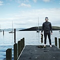 Rene Redzepi foraging for seaweed in Tasmania - Image by Jason Loucas.jpg