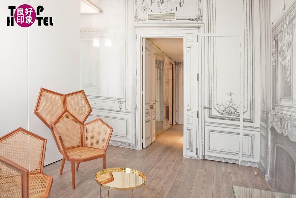 La Maison Champs Élysées.jpg