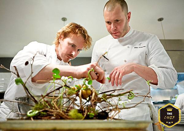 Grant-Achatz-and-Mike-Bagale.jpg