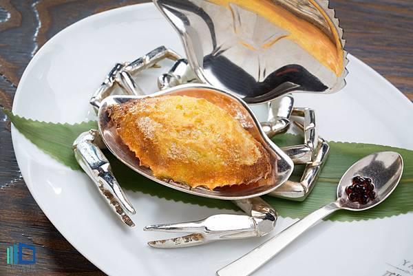 MOTPE - 焗釀鮮蟹蓋 Crab Meat Onion Oven-baked.jpg