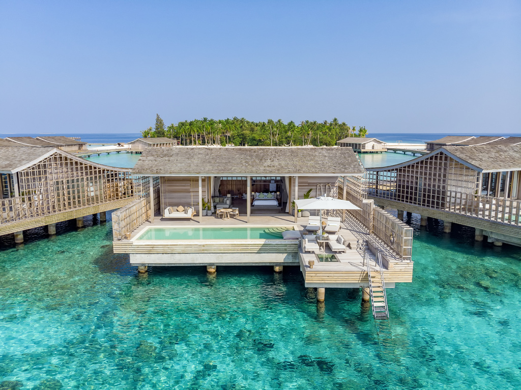 View from the sea into a Kudadoo Villa.jpg