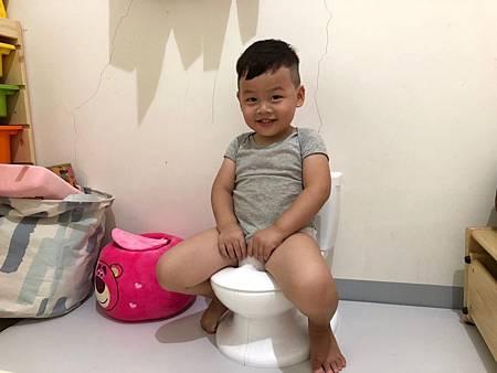 (育兒好物)Summer lnfant學習小馬桶 讓寶寶不在害怕上廁所