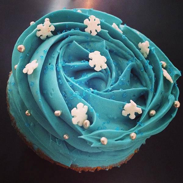 雪花造型杯子蛋糕