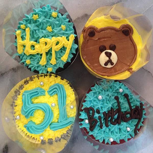 熊大杯子蛋糕