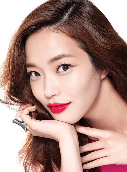 LANEIGE X PLAYNOMORE「My darling, SHYGIRL」聯名系列限量彩妝_妝容形象圖_蘭芝 5