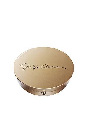 Giorgio Armani 【華麗年代】精品彩盤 金色外盒  ( 限量) NT 4,800