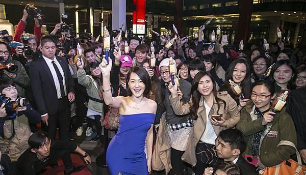 雅詩蘭黛2016年金色天后派對百位粉絲齊聚一睹天后風采