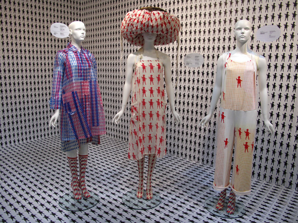 mint-designs-MOCA-taipei-pattern-dot-dolls-zig-zag