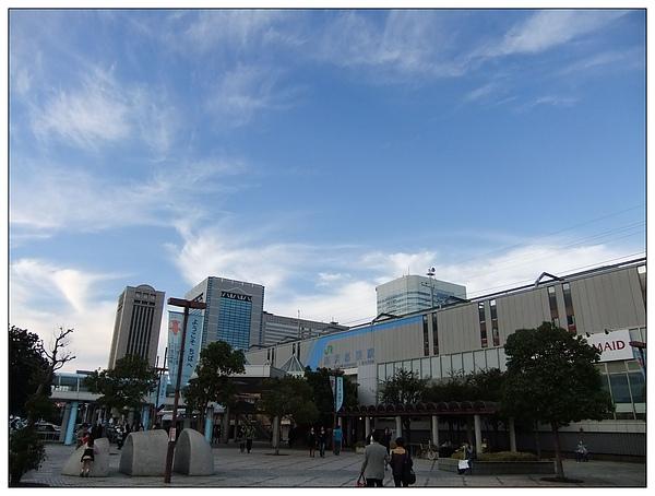 海濱幕張站.jpg